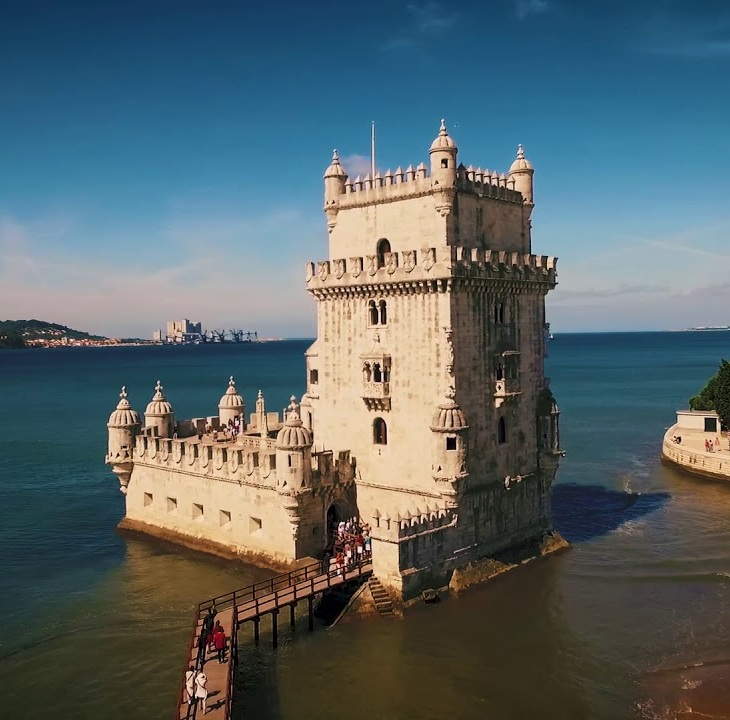 Shaheena Karim: Portugal - Lisbon Diamond Jubilee Visit Song - Mawla Angane Aaya