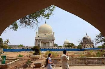 Qutb Shahi tombs to tell stories of Qutb Shahi kings through virtual reality