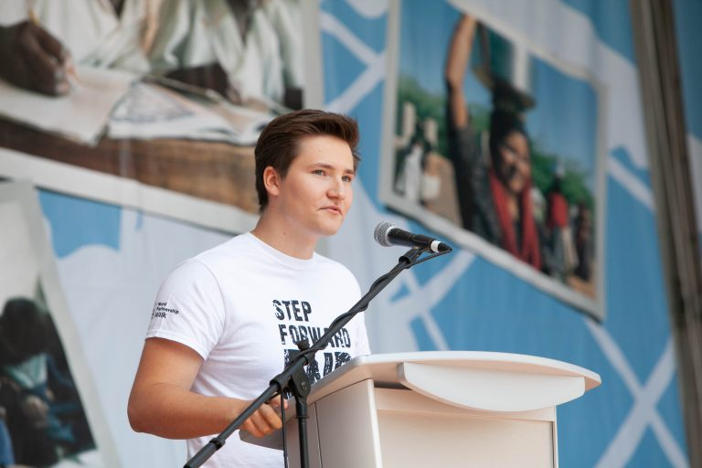 Stepping forward with Canadians: a special guest at World Partnership Walk in Toronto